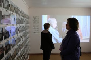 Prefab portraits and films at the Prefab Museum | Elisabeth Blanchet