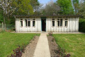 Universal prefab bungalow