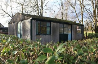 The steel framed Arcon MkV prefab, Avoncroft Museum. February 2016 | Elisabeth Blanchet