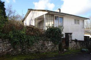 American UK100 prefab in Carhaix, Brittany | Elisabeth Blanchet