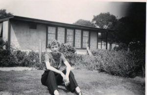 Pat and Andree share their memories of growing up in an American prefab in Selly Oak, Birmingham