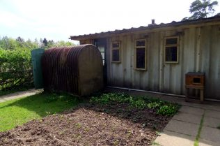 Universal prefab, exterior. Chiltern Open Air Museum | Jane Hearn