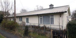 A Hawksley-built BL8 semi-detached bungalow in Duxford village. Photo: 2009   ARG archive