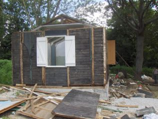 Reconstruction of the Canadian prefab | Memoire de Soye