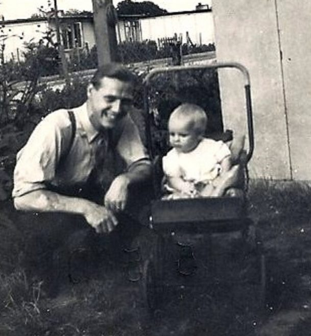 Alan Brine as a baby with his father in the garden of 3 Meliot Road, SE6 | Blanchet,Elisabeth