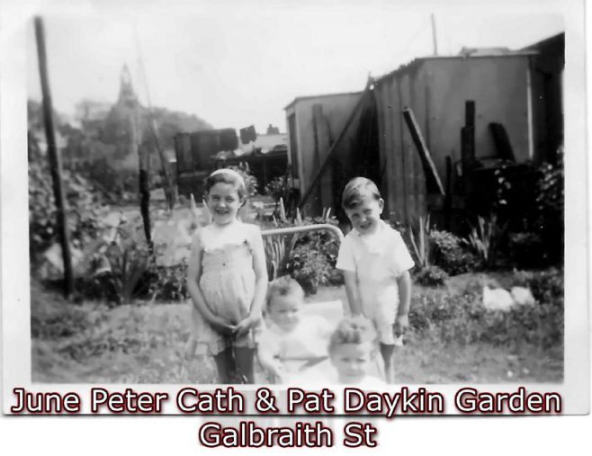 June, Peter, Pat and Cath Daykin. Garden, Galbraith Street, London E14
