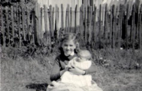 Jeanette Anderson and Denise Anderson. Hollyhedge bungalows, Blackheath, London SE3