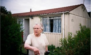 Minnie outside her Arcon prefab in Newport, south Wales | Elisabeth Blanchet