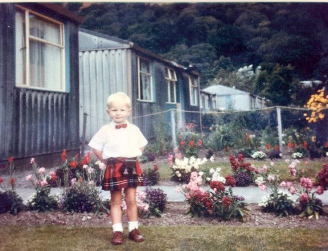 Clive Ramsay standing outside the prefab at Windsor Street, Menstrie, Clackmannanshire