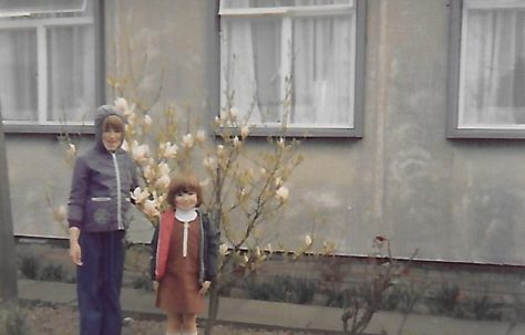 Mike's two children Susanne and Yvonne visiting their Grandma and Granddad in the late 1970s. The Radleys, Sheldon