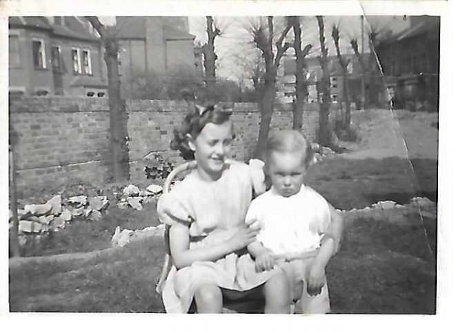 JOHN & JOSIE BUGG IN GARDEN OF 83b CARLETON ROAD 1950