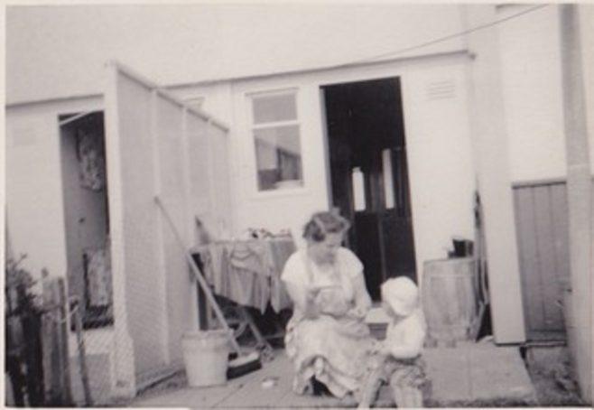 Exterior, Howard Steel house, Merrivale Road, Stafford | Bob Bentley