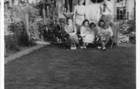 Flanders Family. 7 Hind Grove, Poplar, E.14. Late 1940s.
