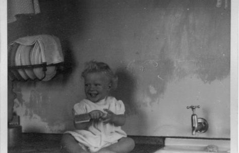 Robert Flanders. 7 Hind Grove, Poplar, E.14. 1952