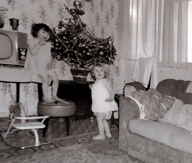 Christmas 1966. Shrewsbury Avenue, Torquay | Brenda Hall