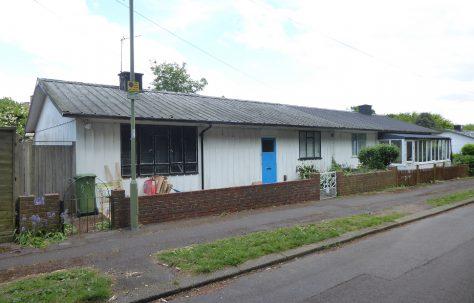 Hawksley BL8 bungalow, Beach Close, Hamble-le-Rice