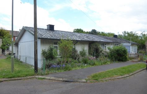 Hawksley BL8 bungalow, Beach Close, Hamble-le-Rice